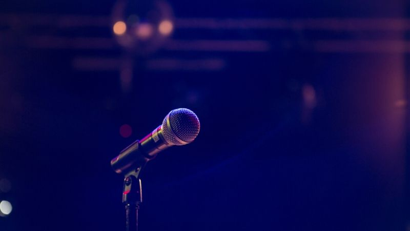 Microphone (Bild: Matthias Wagner on Unsplash)